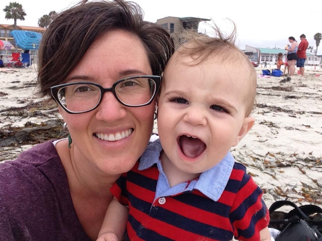 I love the beach, Momma!
